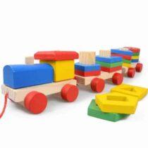 Trenulet de lemn cu elemente pentru stivuit